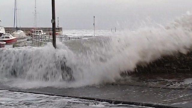 Waves in Devon