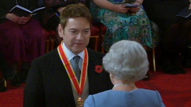 Sir Kenneth Branagh and the Queen