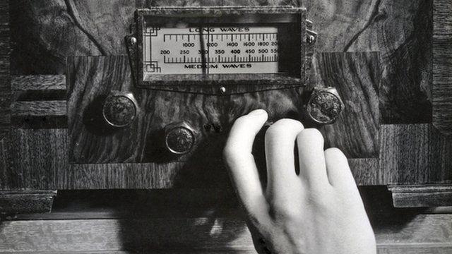 Hand Tuning Wireless Set