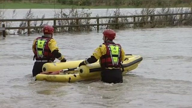 Firefighters off to rescue stranded lorry driver
