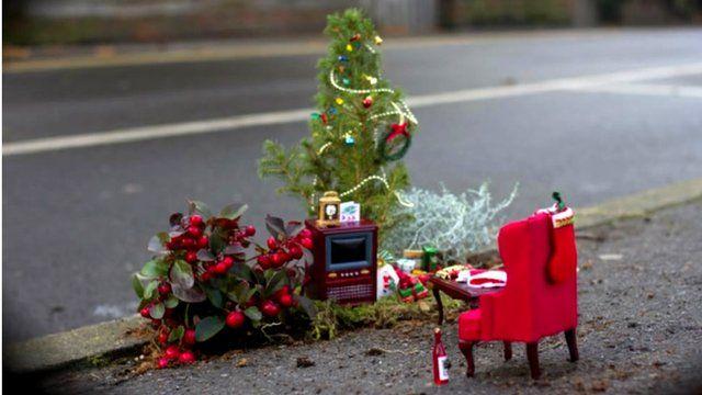 A Christmas-themed pothole garden