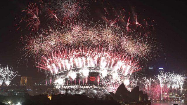 Fireworks on Sydney Harbour Bridge