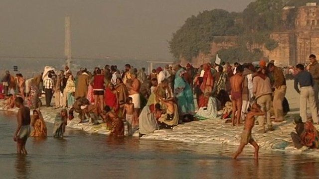 People on the banks of Sangam