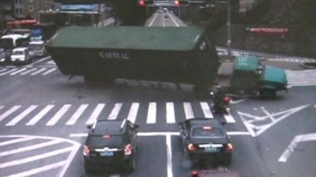 Container truck toppling over