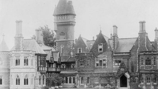 Insole Court pictured in 1899