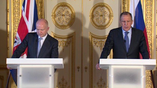 William Hague and Sergei Lavrov at a joint news conference in London