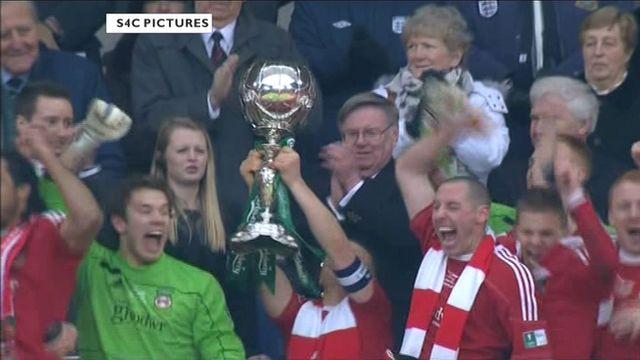 The FA Trophy celebrations begin