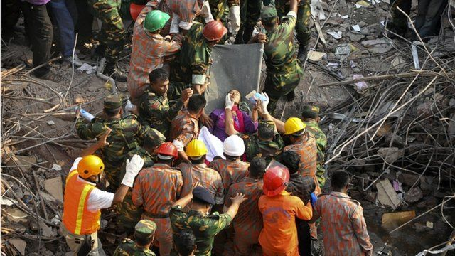 Rescuers pull Reshma out