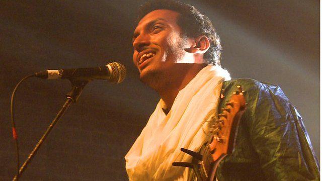 Bombino singing at the Village Underground in London