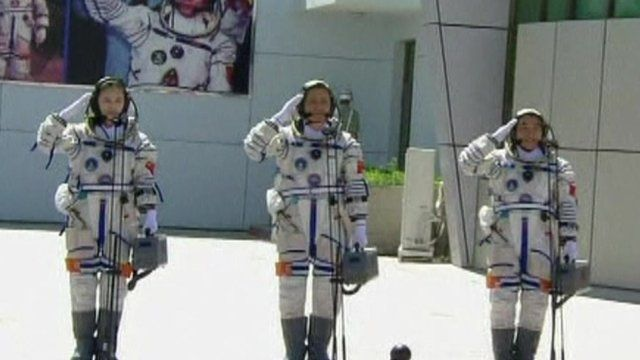 The crew of the Shenzhou-10