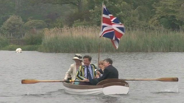 Rowing on Thorpeness Meare
