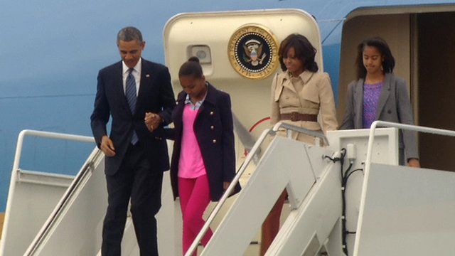 President Obama leaves Air Force One