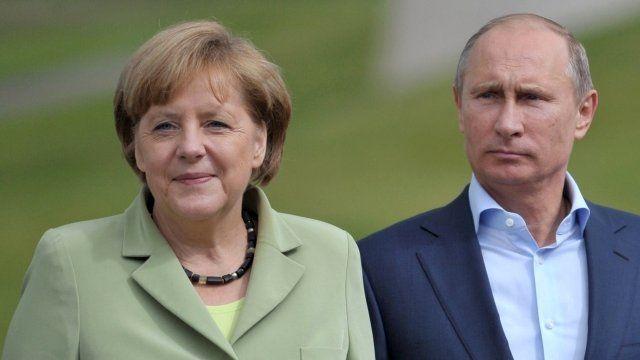 Recent photo of Angela Merkel and Vladimir Putin at the G8 Summit