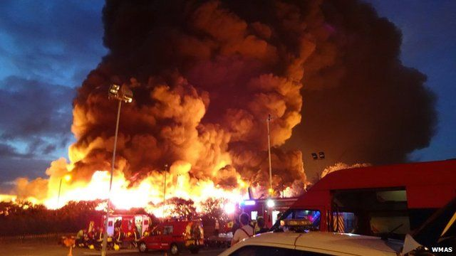 Crews at the Smethwick fire, photograph by West Midlands Ambulance Service