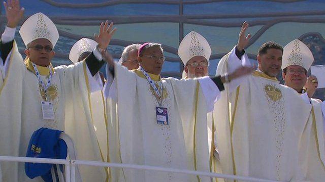 Dancing bishops greet Pope in Rio