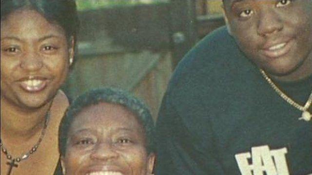 Olaseni Lewis (right)