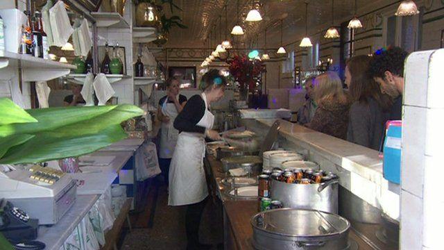 El Manze pie and mash shop