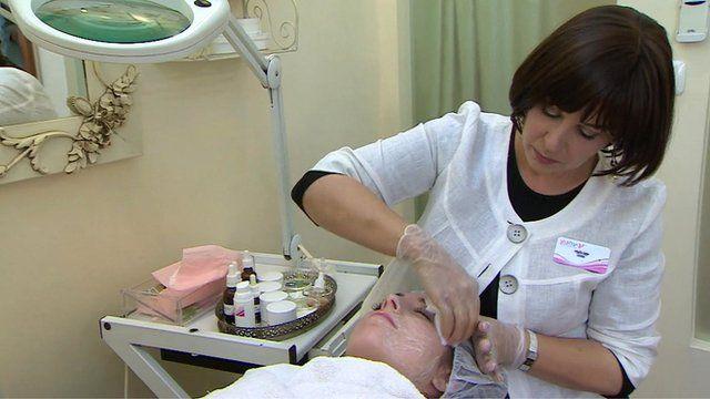 Ultra-Orthodox beauty salon