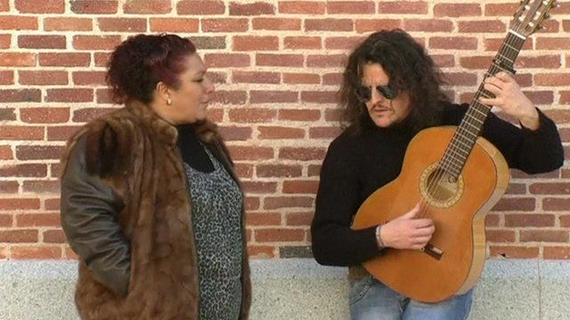 Flamenco singer and man with guitar