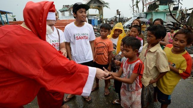 Santa volunteer in the Philippines