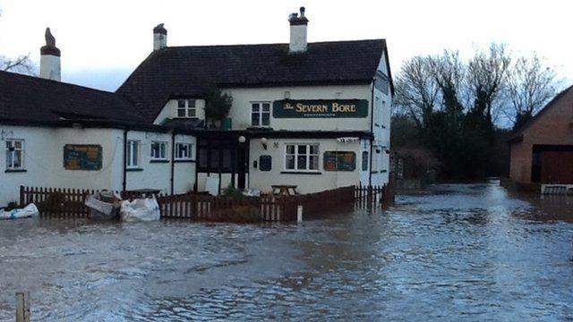 The River Severn at Minsterworth