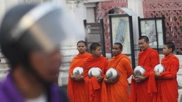 Police and monks, Bangkok