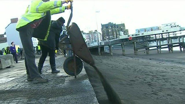 Seafront clear-up