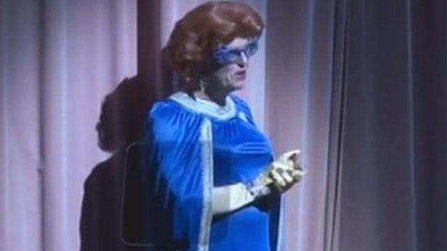 Gerrit Zalm dressed in drag