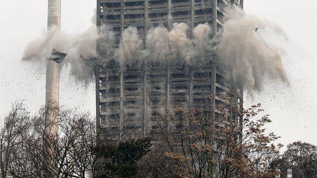 Demolition of building in Frankfurt