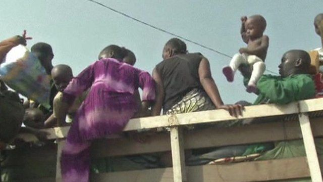 Muslims climb into truck in Bangui