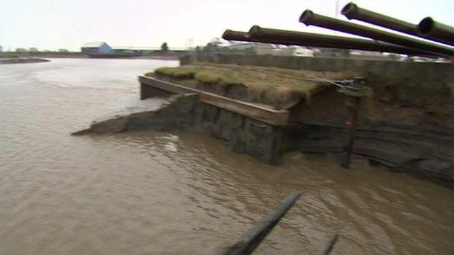Pumps damage River Parrett banks in Somerset