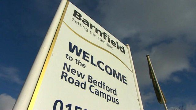 Barnfield College sign