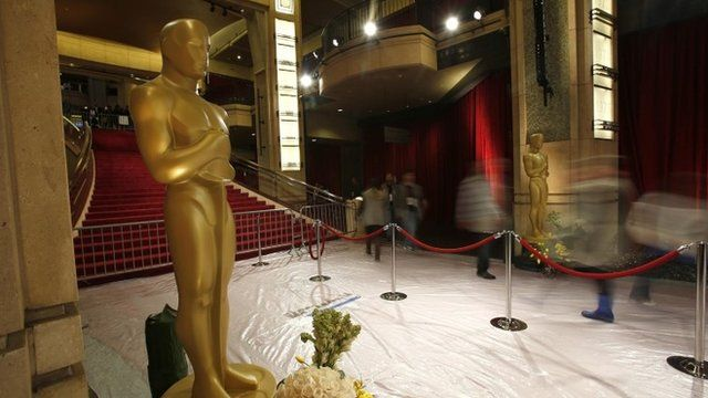 Oscar statues in the entrance to the Dolby Theatre