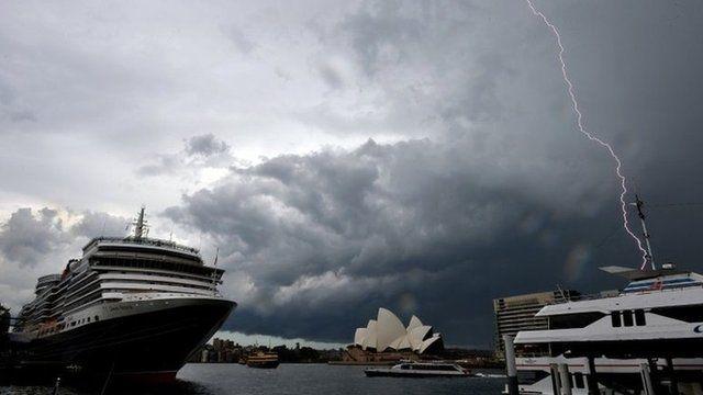 Lightning strikes near Sydney Opera House