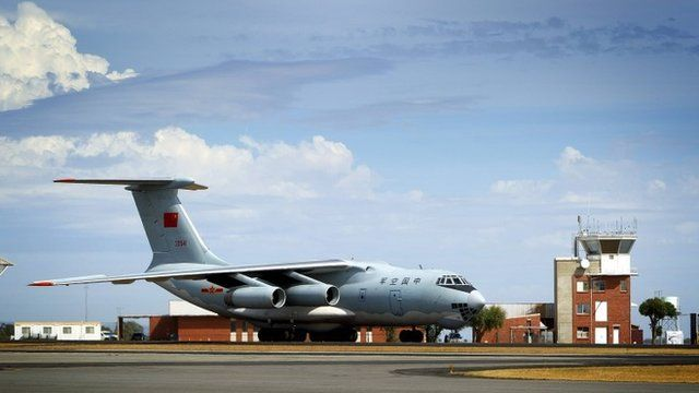 A Peoples Liberation Army Air Force (PLAAF) Ilyushin Il-76 aircraft taxies into position at RAAF Base Pearce