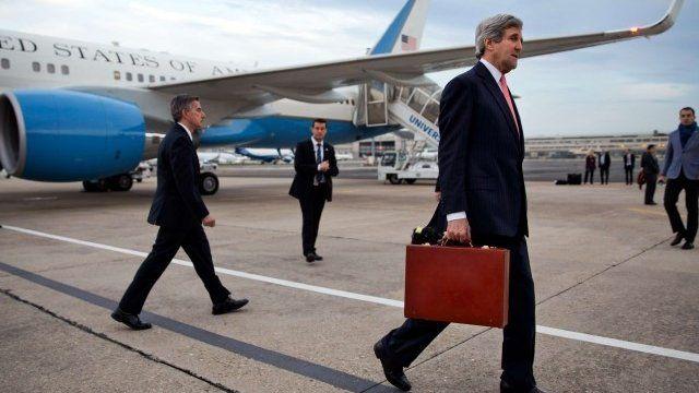 John Kerry arrives