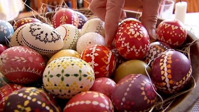 bowl of painted eggs
