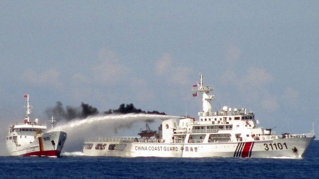 Chinese ship uses water cannon on a Vietnamese Sea Guard ship