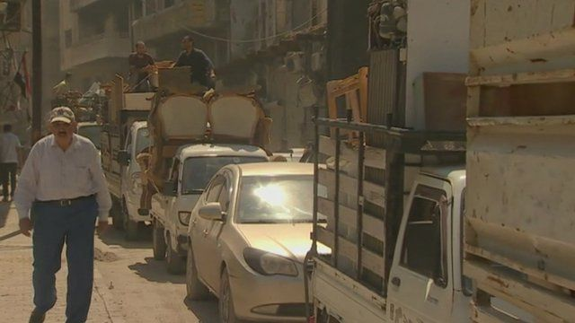 Gridlocked traffic in Syrian city of Homs