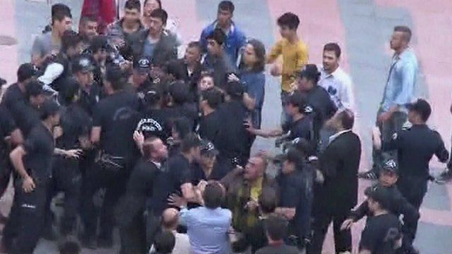 Protesters clash with police in Soma