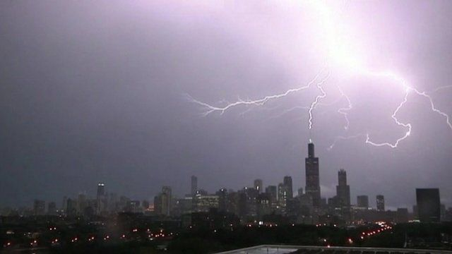 Chicagou0027s Sears Tower was hit by lightning repeatedly during a thunderstorm on Monday night & Chicagou0027s Sears Tower hit by lightning three times - BBC News azcodes.com