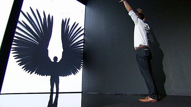 Spencer Kelly becomes a virtual bird