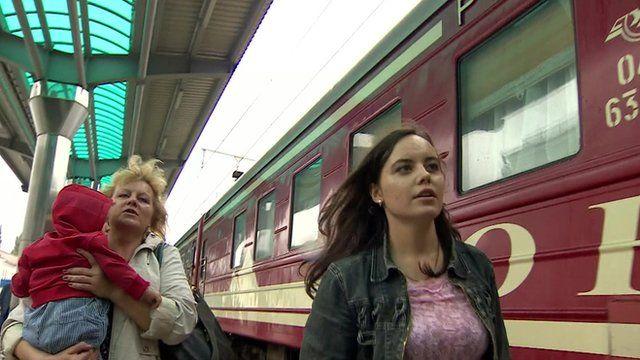 Family prepare to leave Donetsk