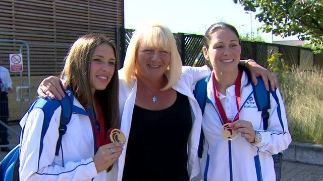 Kimberley and Louise Renicks with their mum
