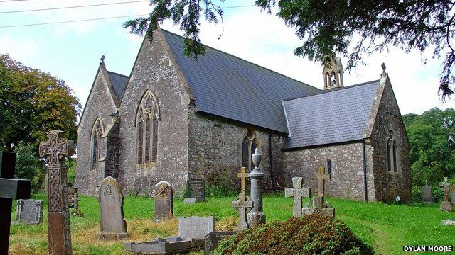 St Peter's Church, Lampeter Velfrey - photo by Dylan Moore