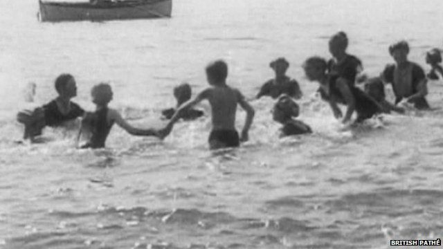 A day at the seaside in the early 1900's