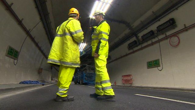 Engineers in A38 tunnels in Birmingham
