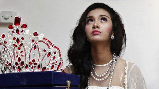 Myanmar's first international beauty queen, May Myat Noe