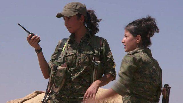 Female Kurdish fighters
