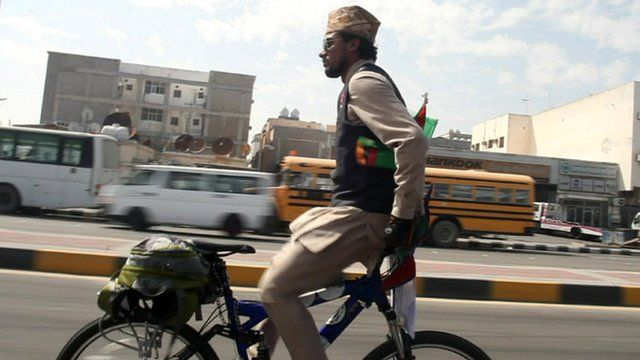Nepali cyclist Biresh Dahal cycling backwards